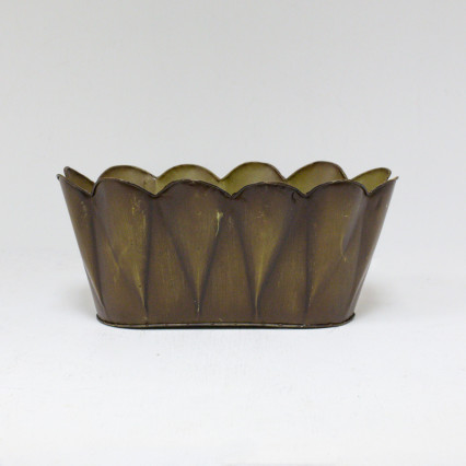 Scalloped Edge Metal Planter