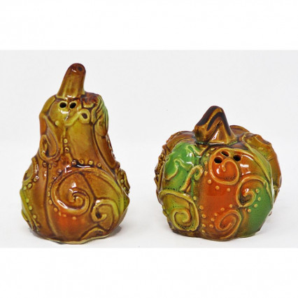Ceramic Swirl Pumpkin Salt and Pepper Shaker Set