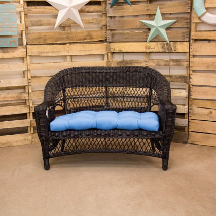 Aruba Black Loveseat