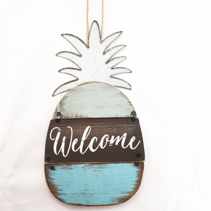 Youngs 17672 Wooden Pineapple Welcome Sign