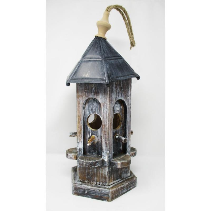 "19"" Birdhouse with Metal Roof - Whitewashed"