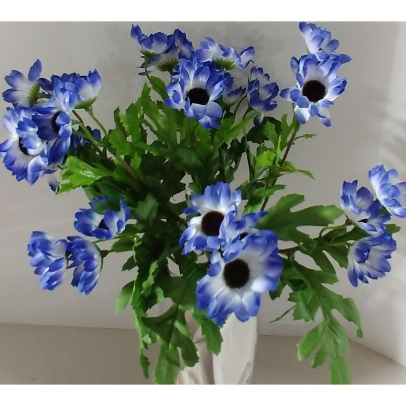 "18"" Daisy Bush - Blue"