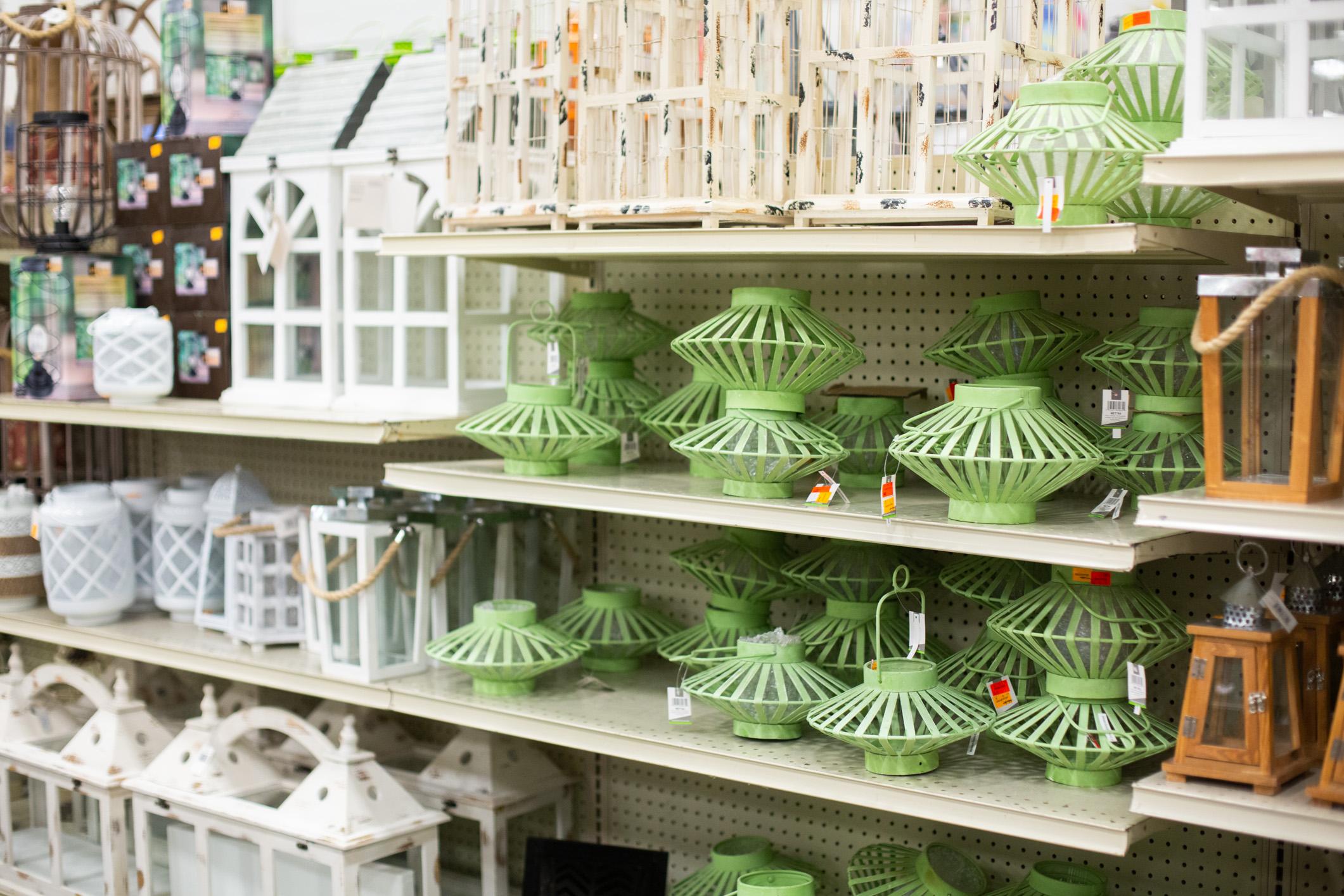 How To Decorate With Lanterns Carolina Pottery Diy Blog
